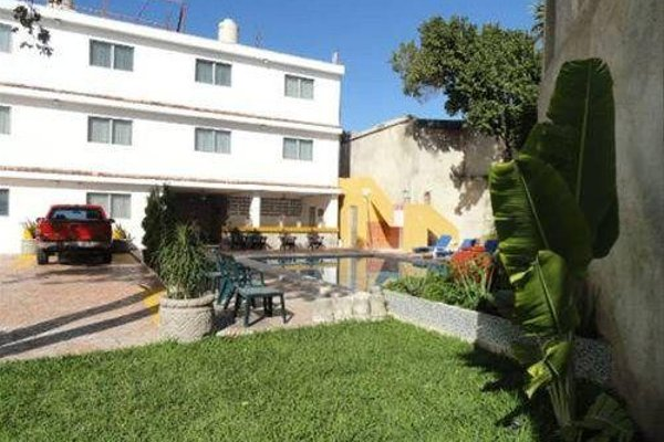 Hotel Las Dalias Inn - 19