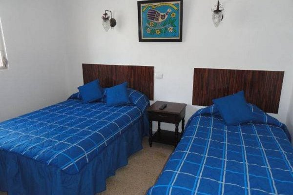 Hotel Las Dalias Inn - 3