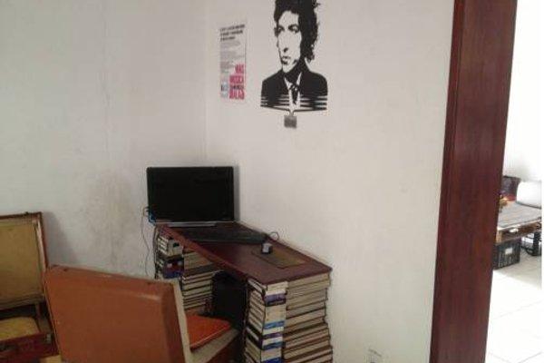 Lion Hostel - 8
