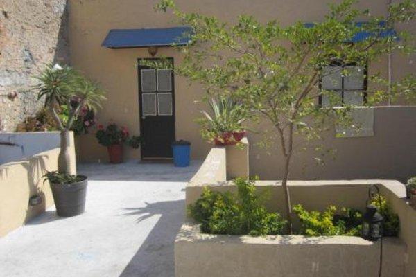 Mezcalito Blue Hostel - фото 20
