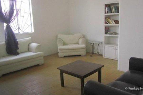 Mezcalito Blue Hostel - фото 9
