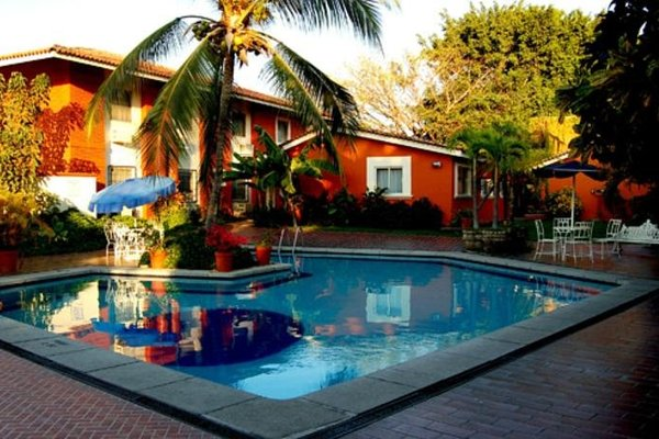 Hotel Los Candiles - 12