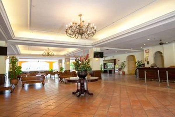 Puteri Resort Ayer Keroh - фото 6