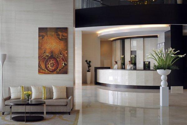 Movenpick Hotel Jumeirah Lakes Towers Dubai - фото 11