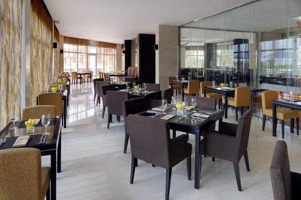 Movenpick Hotel Jumeirah Lakes Towers Dubai - фото 8