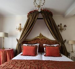 B & B Hotel The Baron Crown