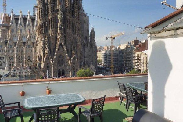 Gaudi's Nest Apartments - фото 18