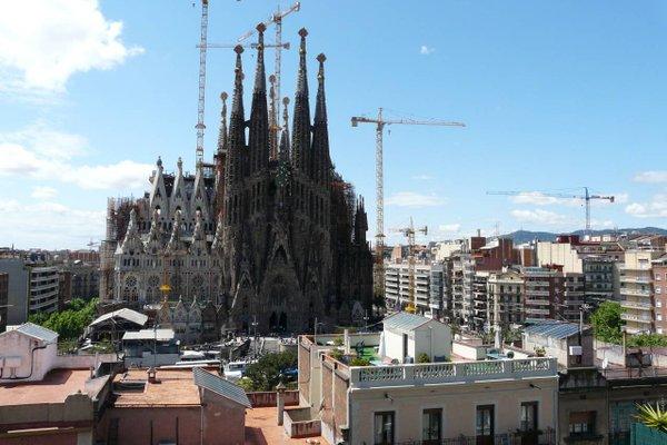 Gaudi's Nest Apartments - фото 22