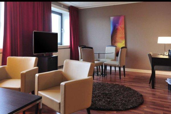 Quality Hotel Grand Royal - фото 7