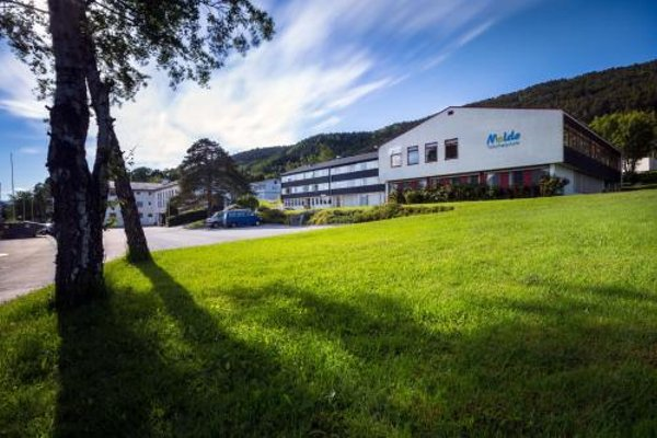 Molde Vandrerhjem Hostel - фото 21