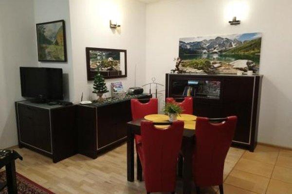Apartament Radowid 15 w centrum z basenem - 10