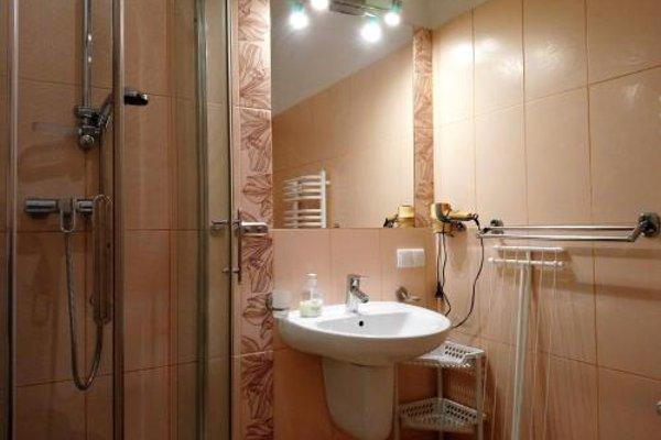 Apartament Radowid 15 w centrum z basenem - 12