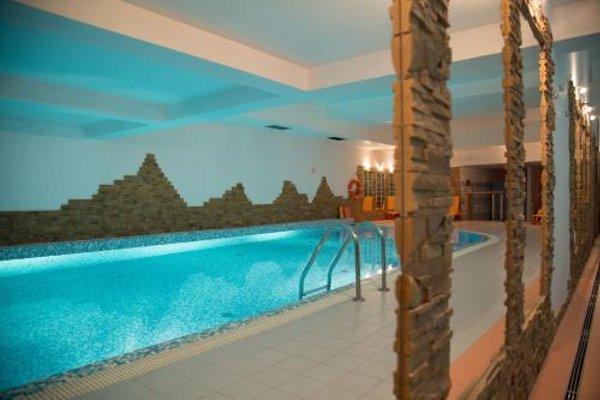 Apartament Radowid 15 w centrum z basenem - 17