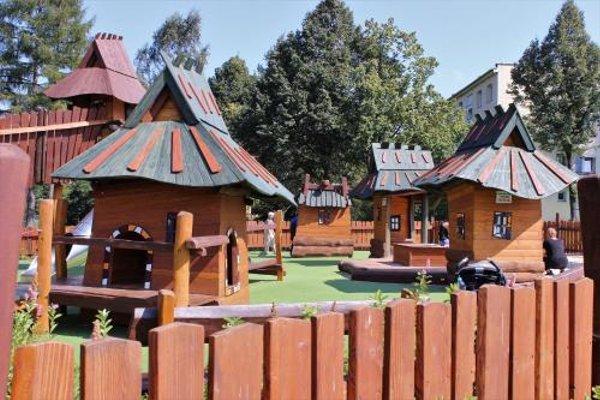 Apartament Radowid 15 w centrum z basenem - 20
