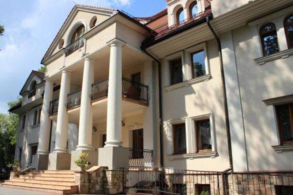 Apartament Radowid 15 w centrum z basenem - 9
