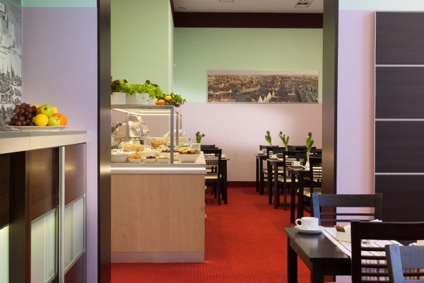Centrum Dikul Hotel - фото 14