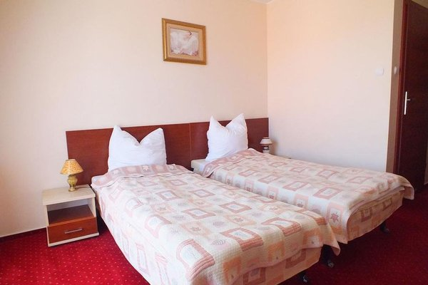 Hotel Aleksander - фото 50