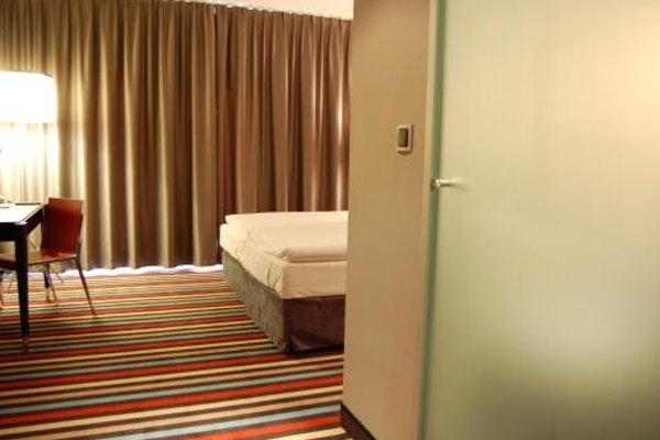 Silver Hotel & Gokart Center - 9
