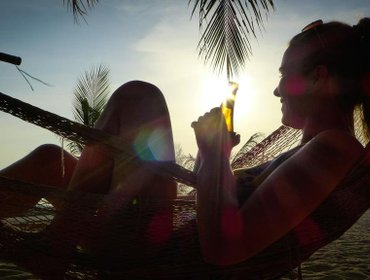 Хостел Echo Beach Backpackers