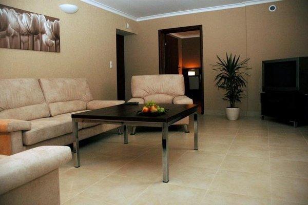 Hotel Orange Przezmierowo - 11