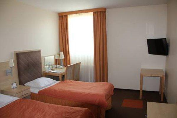 Hotel Orange Przezmierowo - 8