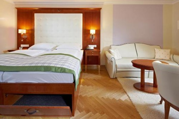 Hotel Elefant - 4