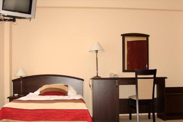 Hotel Anek - 4