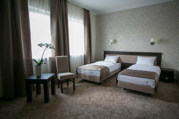 Hotel Luxor - 3