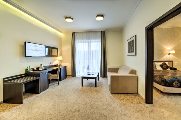 Hotel Luxor - 4