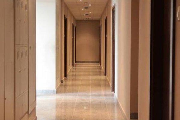 Lux Aparthotel - фото 16