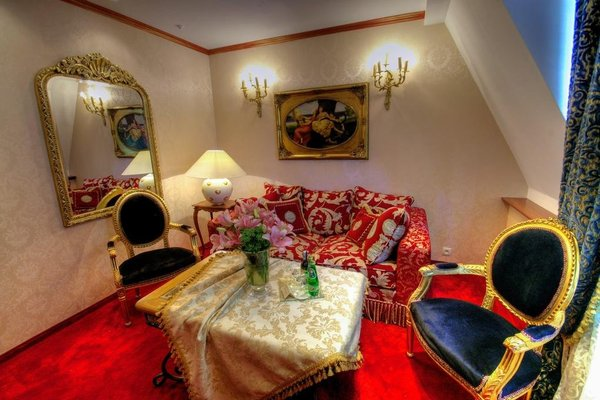Dwor Giemzow Residence - 7