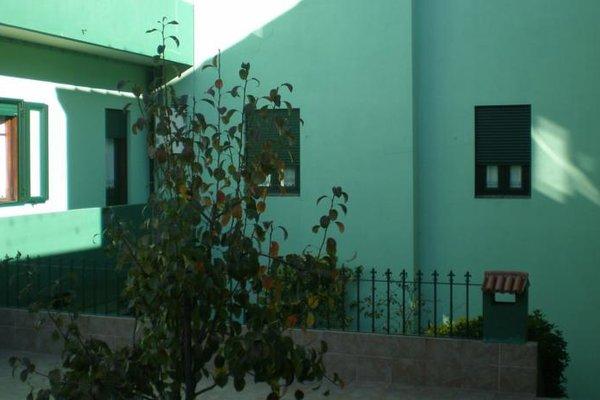 Residencia LIS B&B and Parking - 23