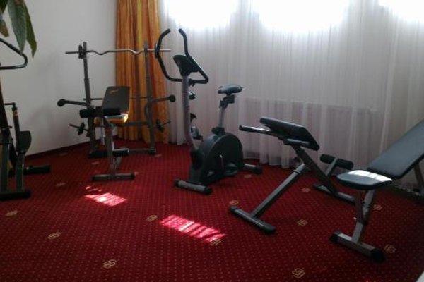 EB Hotel Garni - фото 18