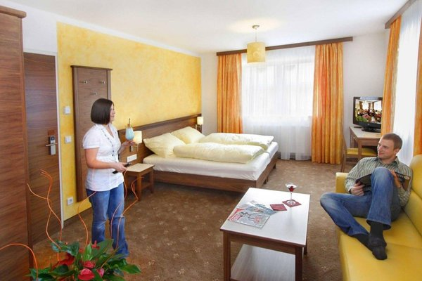 EB Hotel Garni - фото 4