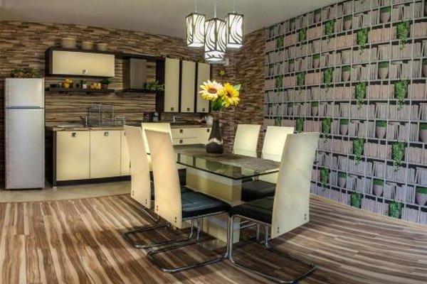 Luxury Apartments Burgas - 17