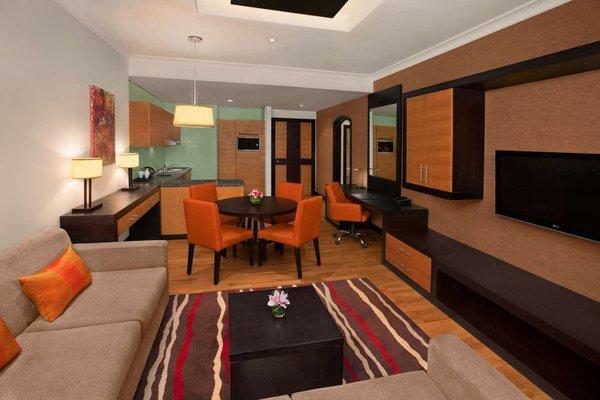 DoubleTree by Hilton Hotel and Residences Dubai - Al Barsha - фото 6