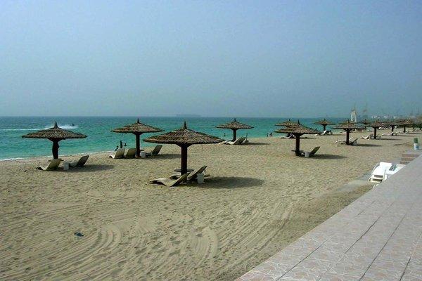Sharjah Carlton Hotel - фото 19