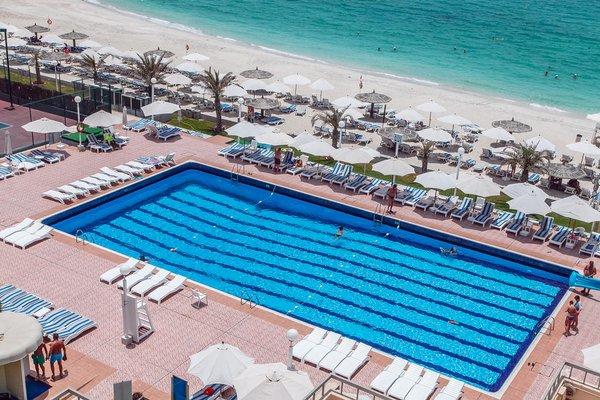 Sharjah Carlton Hotel - фото 22