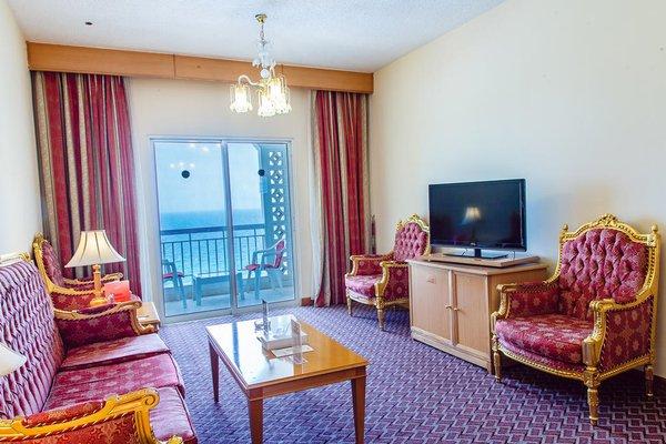 Sharjah Carlton Hotel - фото 4