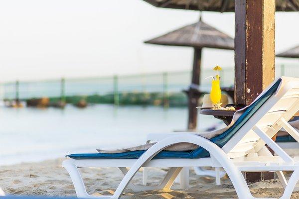 Beach Hotel Sharjah - фото 22