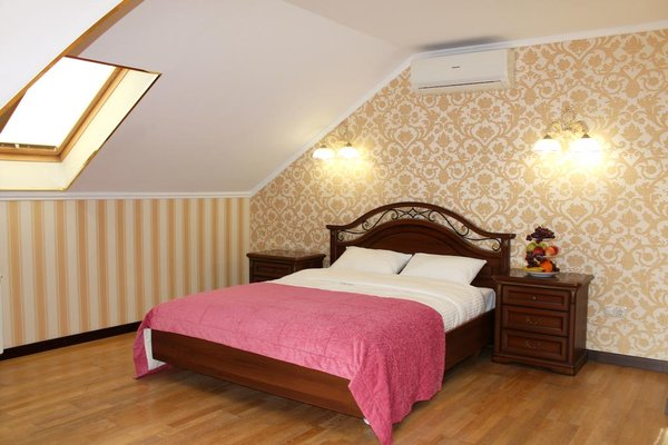 Отель Золотой Дом - 4