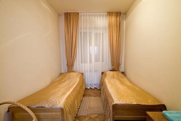 Отель Графство Хаджох - 3