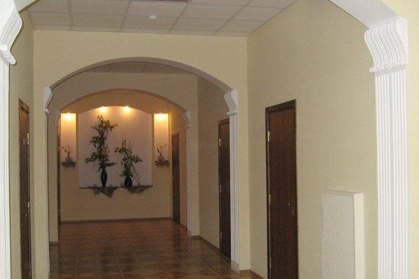 Vladimirskaya Hotel - photo 15