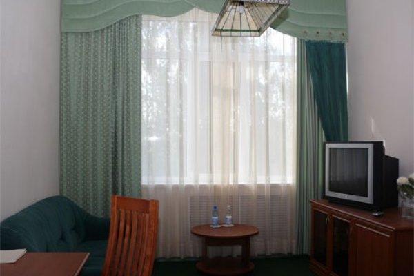 Vladimirskaya Hotel - photo 21