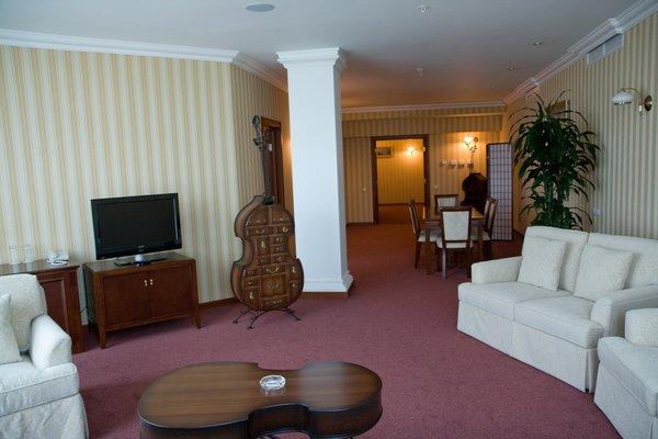 Гранд Отель Астрахань - 11