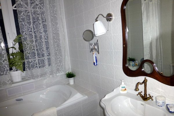 Русско-французский отель Частный Визит - фото 8