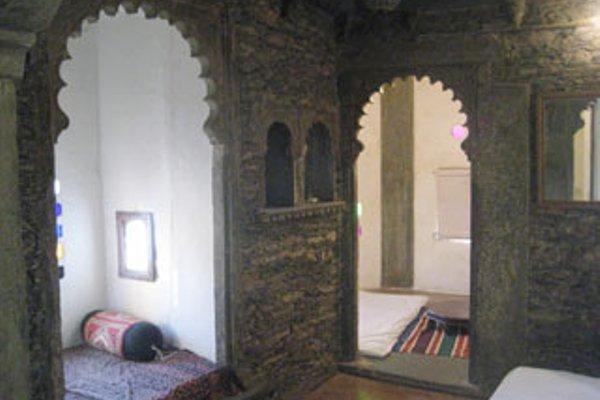 Lal Ghat Guest House - 15