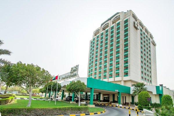 Hotel Holiday International - фото 23