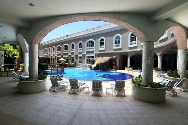Sharjah Premiere Hotel & Resort - фото 16