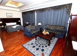 Sharjah Premiere Hotel & Resort фото 3